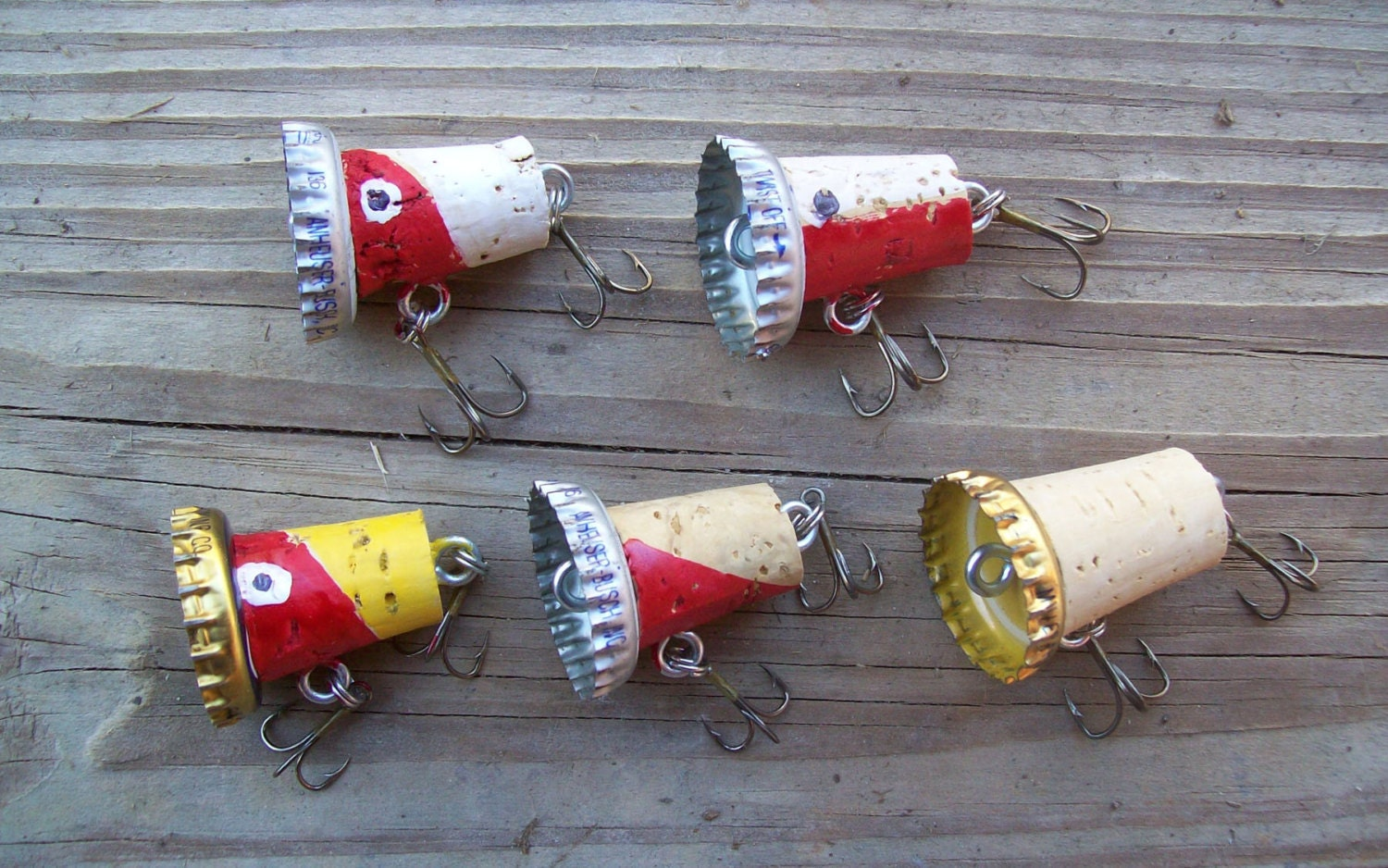 5 piece cork bass fishing lure set with beer bottle cap with for Bottle cap fishing lure