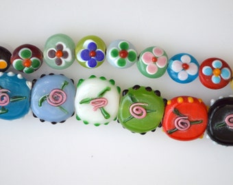 2 Strs  Flower Lampwork Glass Beads Coin Shape Muti Color Size 17x8mm and 11x8mm Full Strands