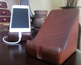iPhone 5S Dock - Desktop Cradle