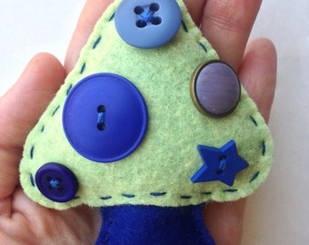 Felt Mushroom Magnet - Blue and Green with Buttons
