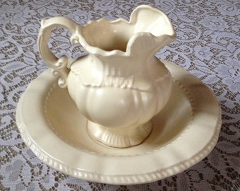 Vintage Arnel's oitcher and bowl 1975