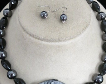 Hand Made Matching Black & Gray Glass Beaded Necklace And Earring Set