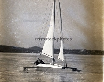 ice boat sailing 1938 - WS-037