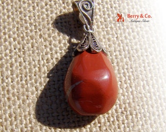 Vintage Sterling Silver Filligree and Carnelian Pendant