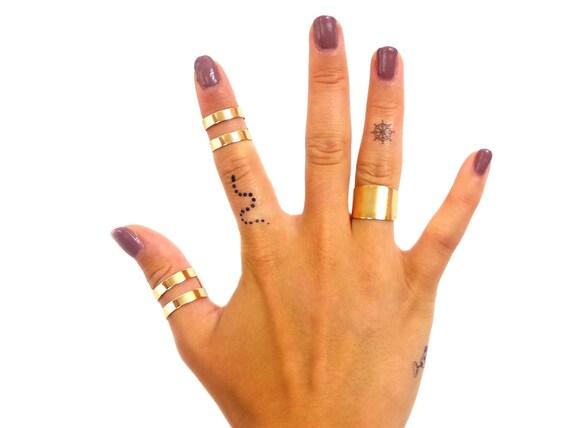 Finger snake temporary tattoo set of three snake tattoo for Snake finger tattoo