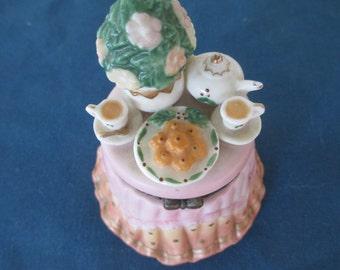 Vintage Porcelain Tea Party Trinket Keepsake Jewelry Home Decor Vanity Collectibles