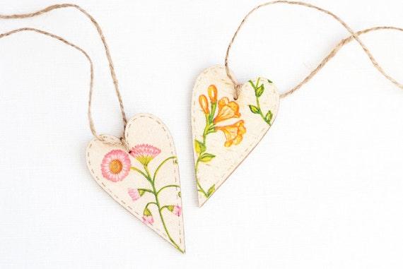 "Tiny rustic style wooden heart decoration ""Wildflowers II"", set of 2 - handmade, wedding decor, gift ideas, orange wild peas, pink dog daysy"