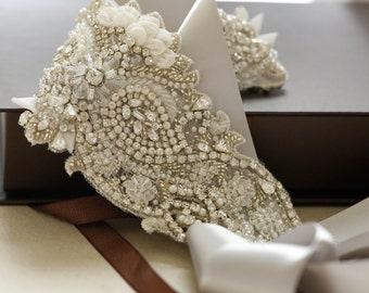 Swarovski bridal sash - S52 (Made to order)