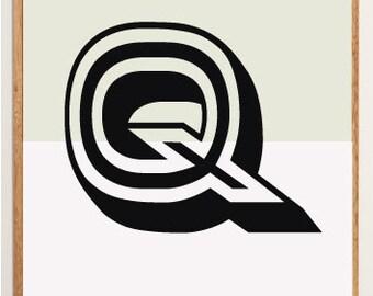 Mid-Century Modern Letter Q