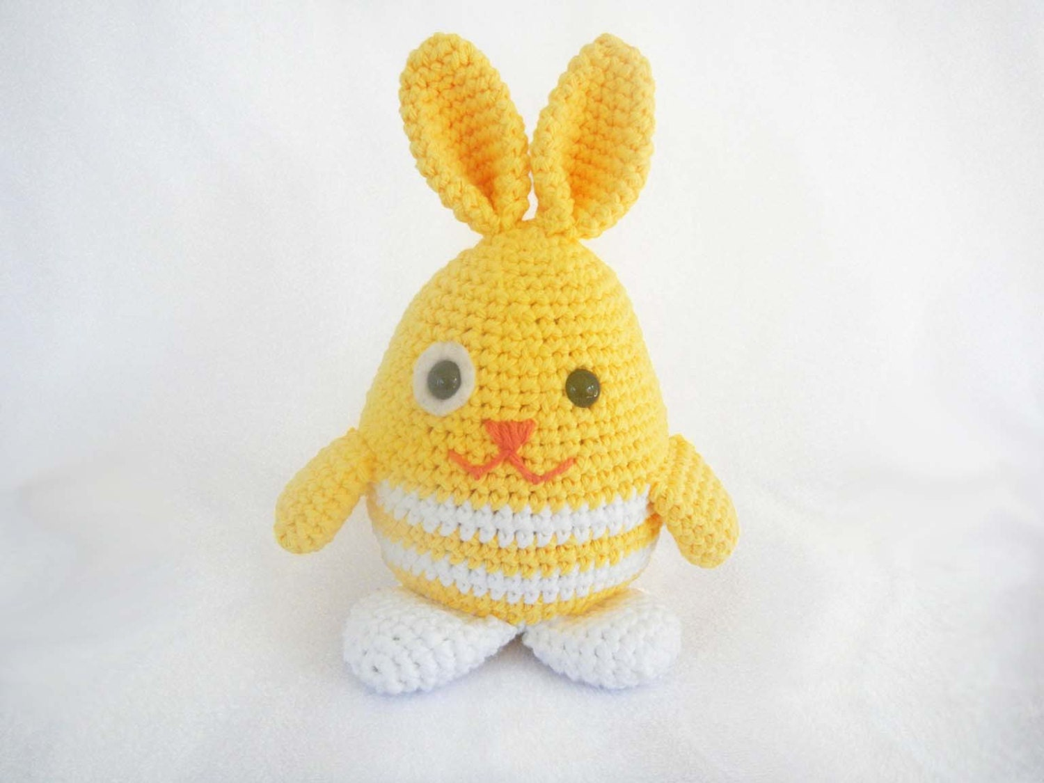 Amigurumi Easter Bunny : Easter Bunny Crochet Pattern Easy Amigurumi Pattern for
