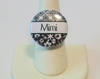 Black and White Floral Mimi Grandmother Fashion Button Ring