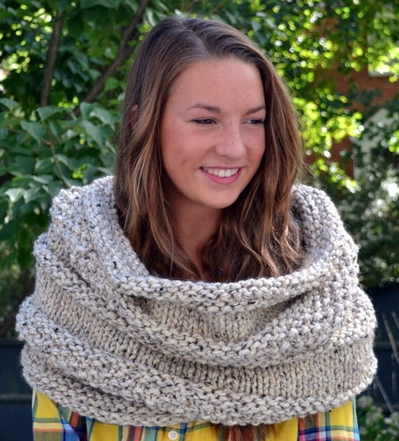 Knitting Pattern Cowl Shrug : Cozy Bee Shrug Chunky Knit Shrug and cowl Oatmeal