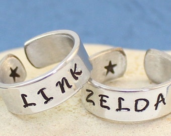 Link and Zelda Ring Set - Personalized -Custom rings- Best Friends - Couples Ring Set