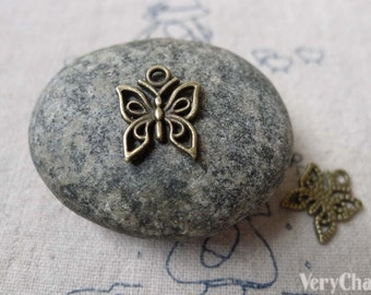 30 pcs of Antique Bronze Filigree Butterfly Charms 12x14mm A6842