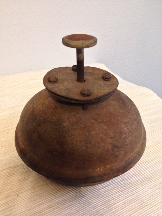 Antique Bermuda Carriage Bell Foot Gong Ding Dong Bell
