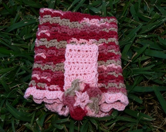 Pink/Red variegated crocheted hanging towel