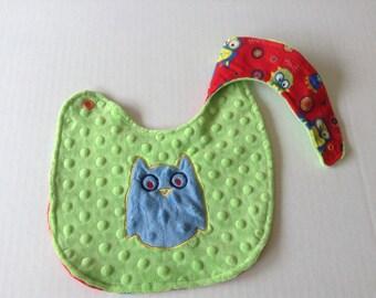 Owl Baby bib-Reversible bib, Baby bib-Drooling bib-Minky bib-Ready to ship