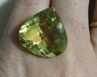 22.00ct Big Ouro Verde Pear Cut 100% Natural