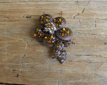 Vintage Brown Rhinestone Flower Pin / Brooch / Antique Brooch / Bronze Tone Rhinestone Brooch / Scarf Pin / Lapel Pin