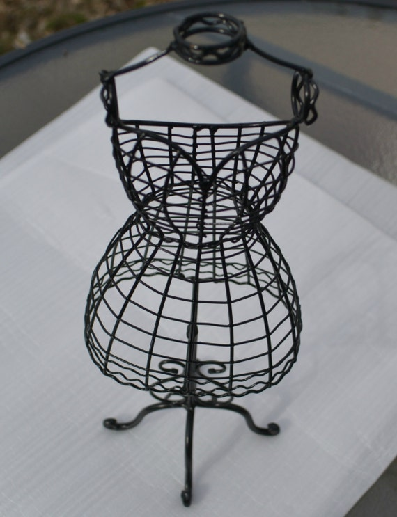DRESS MANNEQUIN Tabletop Wire Dress Form Decorative MannequinWire Dress Mannequin