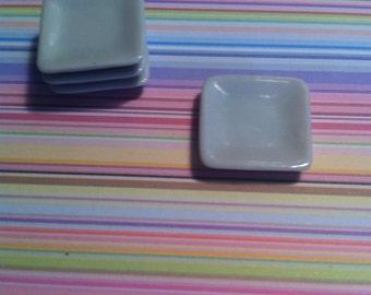Mini square dishes