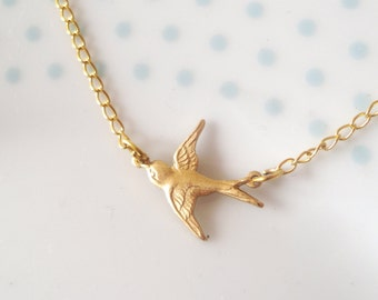 Cute Tiny Swallow Charm Chain Gold Necklace, Bird, Sparrow, Dainty, Pretty, Simple, Minimalist