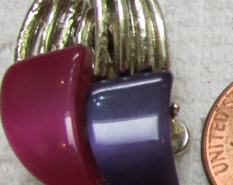 vintage Coro pink and purple thermoset  plastic silver plated clip on  earrings 50's classics