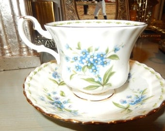 ENGLAND ROYAL ALBERT July Teacup and Saucer