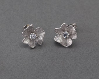 Flower Post Earring .Wedding, Bridal Jewelry, 925 Sterling Silver Post . Matte Original Rhodium Plated over Brass  / 2 Pcs - AC080-MR-CR