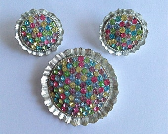 Vintage Lisner Multi Color Rhinestone Brooch and Matching Clip-On Earrings