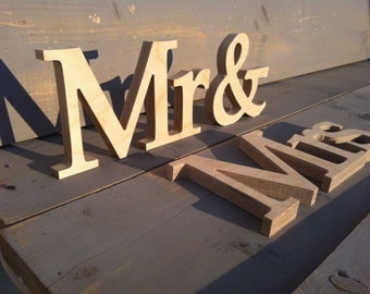 UNPAINTED wooden letters MRS & Mr, wedding decoration for Sweetheart Table, wedding signs,Wedding decoration, wedding reception decor