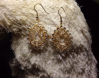 Crystal Dangle Earring