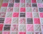 NOW ON SALE!!!!  Baby girl pink and gray rag quilt