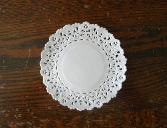 white paper doilies buy Our white 115 inch disposable lace paper doilies set of 50 will embellish your  world quality, unique designs huge selection wholesale too shop now.