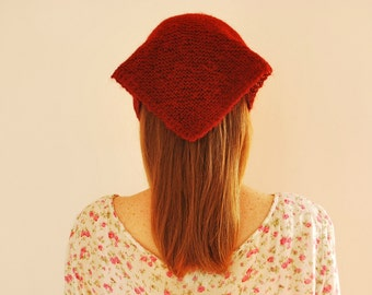 Triangle Scarf / Red / Camel Hair / Knitting