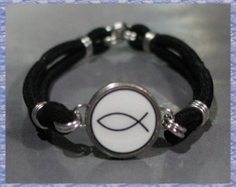 CHRISTIAN FISH Dime Stretch Bracelet - One size fits most - Made In USA
