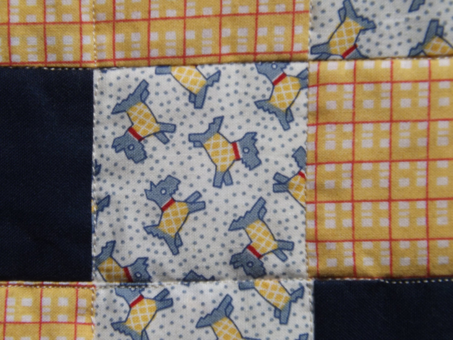 navy and yellow quilt baby whale quilt in navy. Black Bedroom Furniture Sets. Home Design Ideas