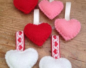 Six mini felt hearts