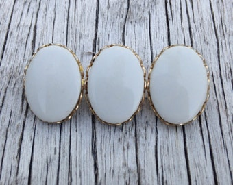 Vintage milk glass brooch - white and gold tone