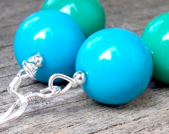 Kari - 14mm Round Aqua Blue and Kelly Green Beaded Silver Fish Hook Dangle Earrings