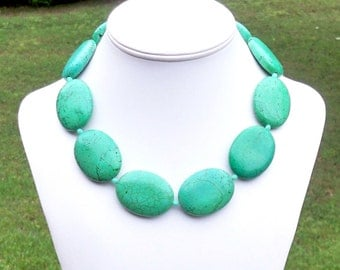 Janey - Chunky Green Turquoise 30mm x 40mm Oval Gemstone Beaded Necklace
