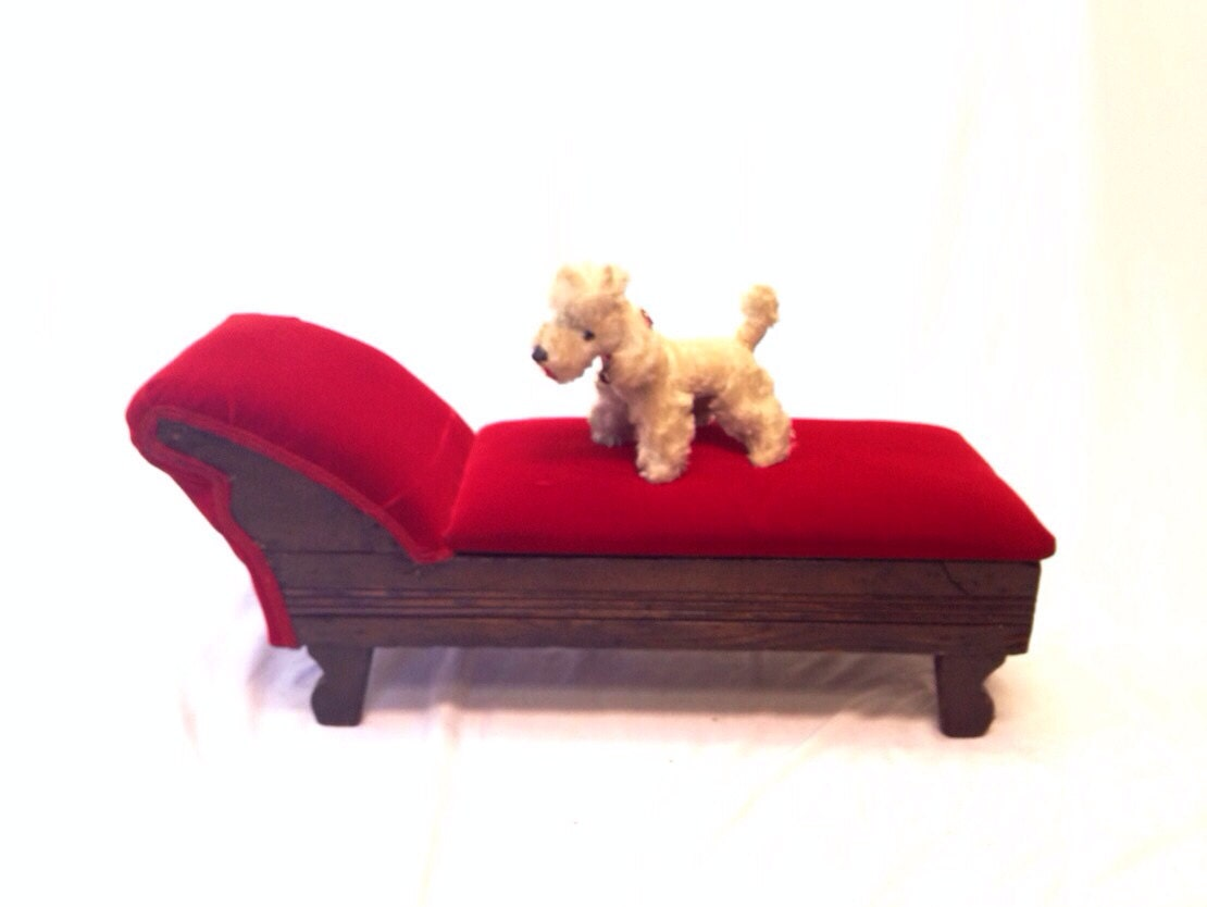 Vintage Victorian Style Fainting Couch Child 39 S Couch
