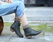 Handmade Green Boots for women, Square Heel Short Boots, Ankle Boots for Winter/Autumn, Women Leather Shoes Winter