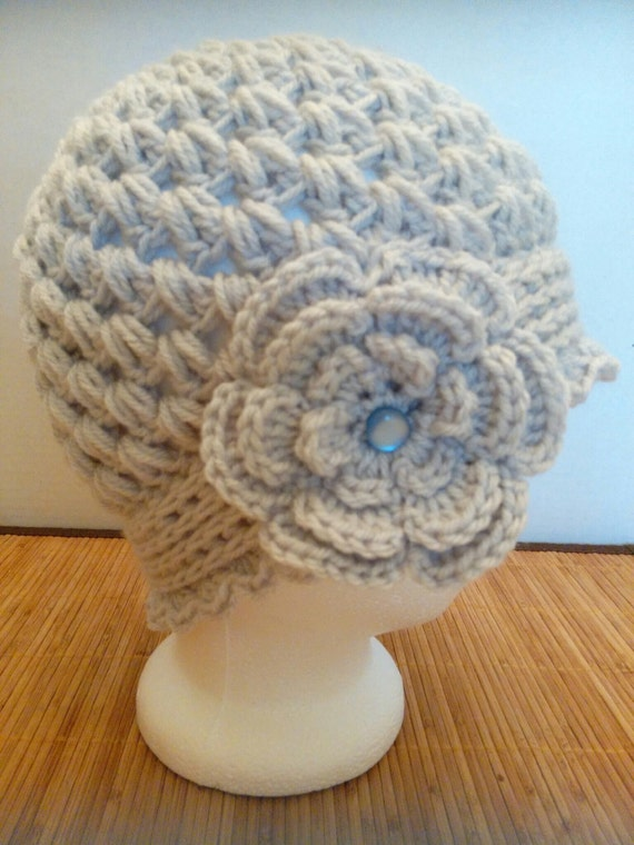 Crocheting Clusters : Crochet cloche / womens hat, cluster stitch with flower, light gray ...