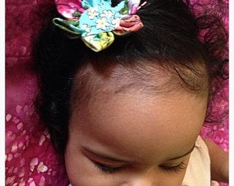 Unique handmade flower bobby pin // baby girl hair pin