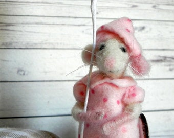 Nanni - Handmade Felt Toy / Felt Mouse / Natural Wool Needle Felted /Accessories included