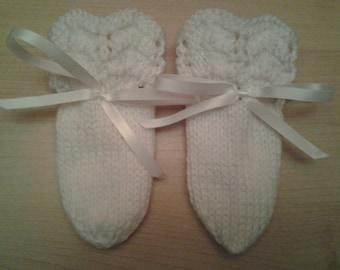 Knit Baby Mittens - Zig Zag Ridged Mittens - 6 Months