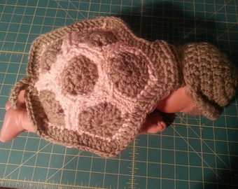 Photo prop for newborn,  One of the cutest I have seen made.  Can be for a boy or with a bow for a girl