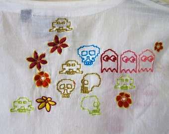 Vintage 90s Embroidered Top