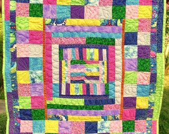 Scrappy Spring Wall Hanging Quilt